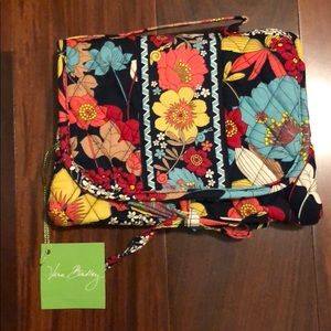 NWT Vera Bradley Happy Snails small cosmetic case